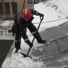 За выходные в Томске очистили от снега 57 крыш