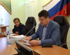 Городские аудиторы доложили депутатам освоей работе