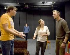 Артисты театра драмы приглашают на странный ужин