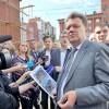 Мэр проверил, как бизнес сохраняет деревянное зодчество Томска