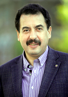 29 апреля. 54 года, Аркадий Эскин, президент ТПП, депутат Законодательной думы Томской области.