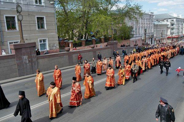 Впервые Крестный ход в честь святых равноапостольных Кирилла и Мефодия прошел по центральному проспекту Томска