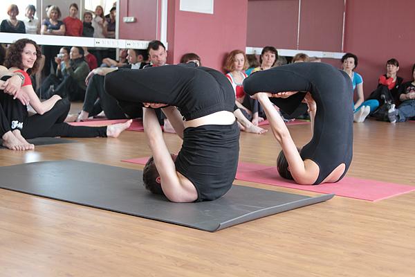 Блок для йоги полый