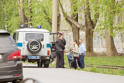 28 мая сотрудники полиции работали на проблемном адресе – экипаж вылавливал детвору