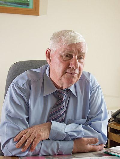 председатель областного совета ветеранов Николай Кобелев