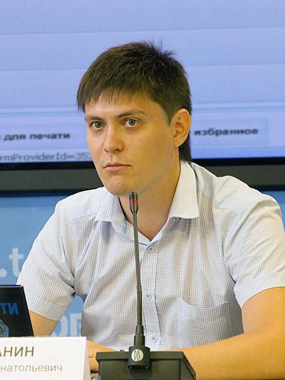 Александр Духанин