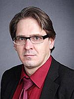 Эдуард Меркер, пластический хирург, главврач клиники пластической хирургии и косметологии dr. Merker