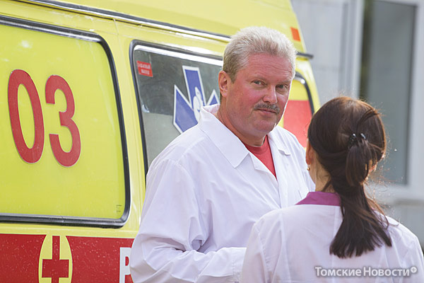 Вячеслав Талалин возглавлял ССМП с мая 2002 года по январь 2010 года. Талалин врач-педиатр, анестезиолог-реаниматолог, имеет специализации «врач скорой медицинской помощи» и «организатор здравоохранения». Сейчас работает на ССМП старшим врачом смены