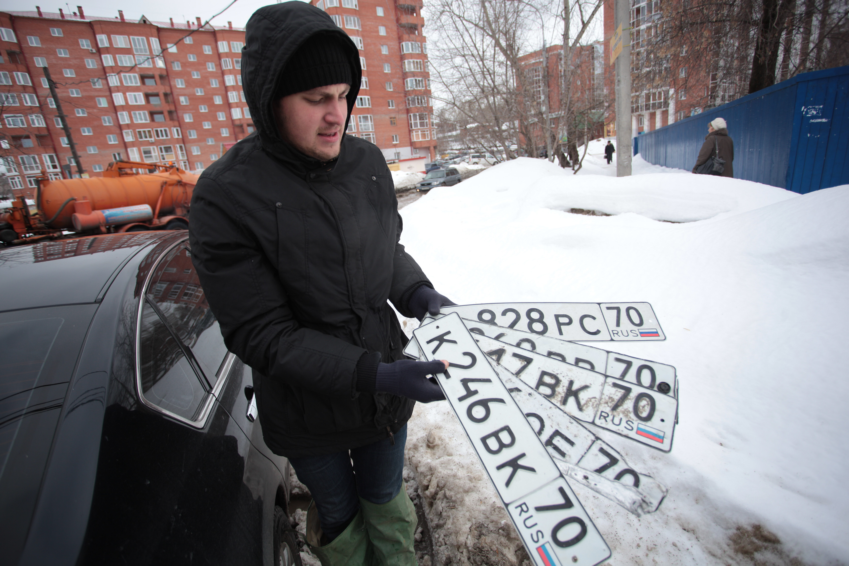 неправомерное завладение государственным регистрационным знаком транспортного средства