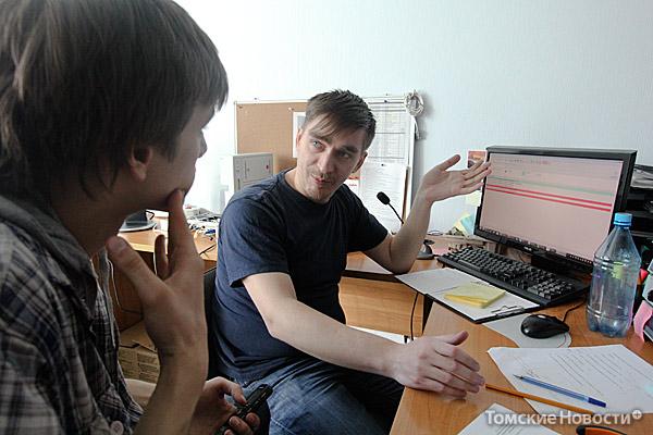 Николай Образцов участвовал в экспедиции по оснащению арктических метеостанций системами сбора, обработки и передачи данных. Попутно он не мог не любоваться красотой Северного Ледовитого океана