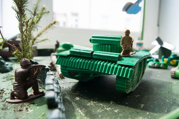 танк из конфет2