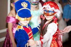 tomsk_novostiru_Сезон_карнавальных_костюмов_20151019181650913_0