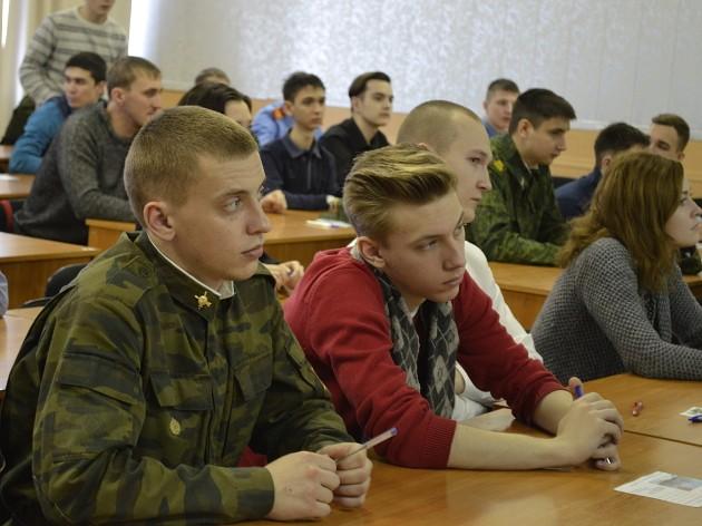 Такое контрастное соседство на 21-й олимпиаде «Ратная сила Сибири» никого не удивляет