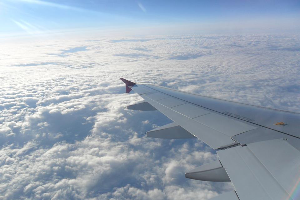 the-plane-498391_960_720