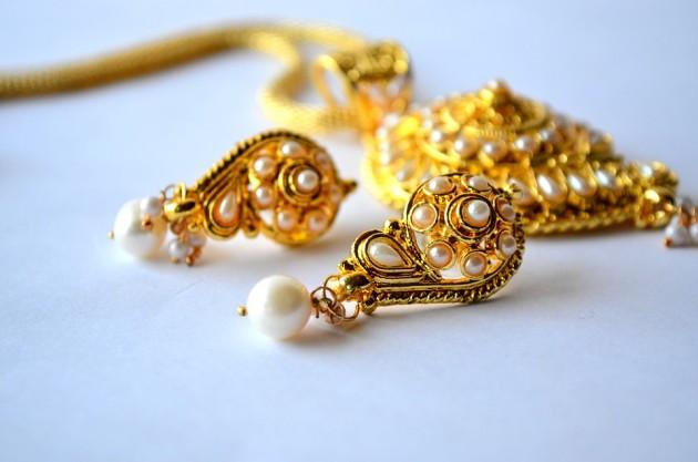 earrings-390377_960_720
