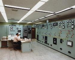 control-room-1757231_960_720