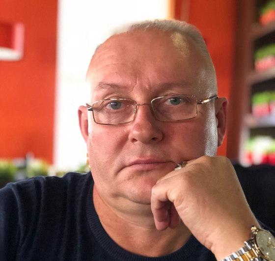 Александр Лызенко, предприниматель, владелец магазина вЧаинском районе