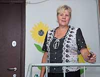 Теперь, глядя на отремонтированный подъезд, Валентина Никитина вспоминает, чем закончилась ее хорошая во всех смыслах инициатива