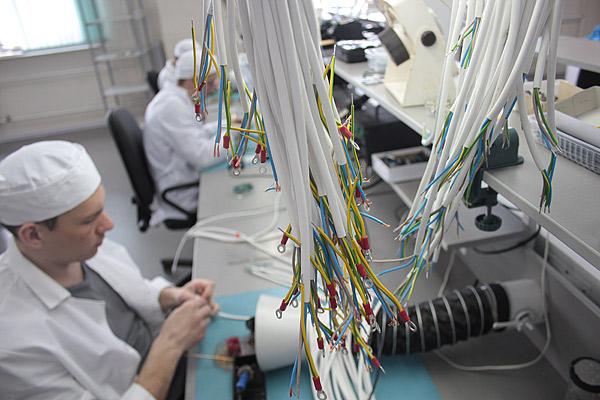 В комплексе радиокомпонентов выполняют заказ по сборке светодиодных светильников для компании «Микран»