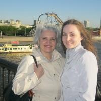 Ирина Жилавская с младшей дочерью Аленой