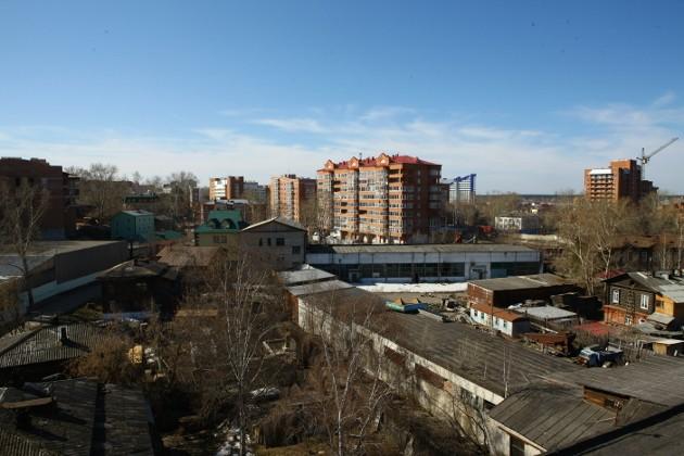 Территория Томскреставрации, где сейчас ведется строительство