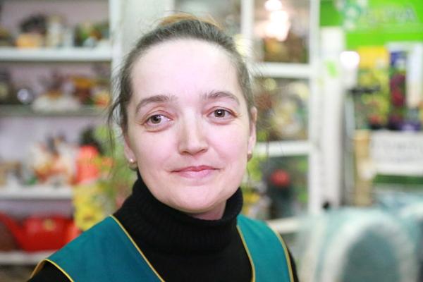 Елена Бабикова, ведущий специалист садового центра «Удача».