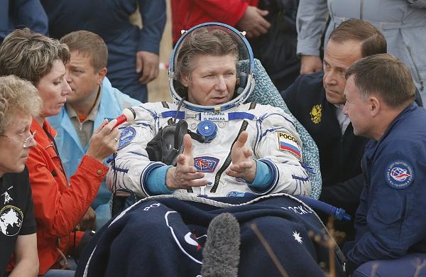 После приземления. На орбите Геннадий Падалка провел полгода