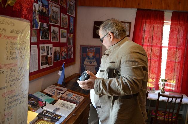 В музее Березовской СОШ у профессора Тартуского университета Ааду Маста проснулся профессиональный интерес