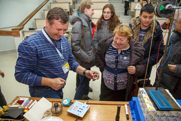 Эксперименты – самая важная часть процесса; не только ученики, но и учителя с удовольствием в них участвуют