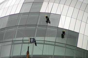 window-cleaning-1550779